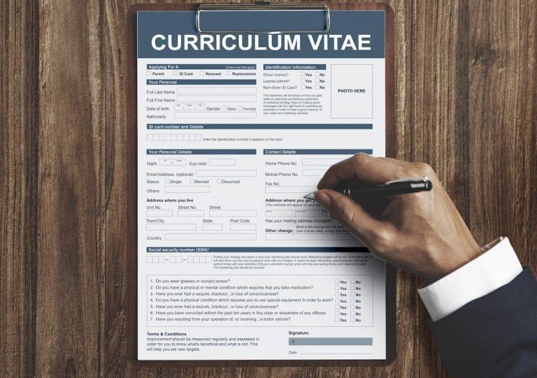 Lebenslauf auf Englisch – Vorlage & Tipps für das Curriculum Vitae