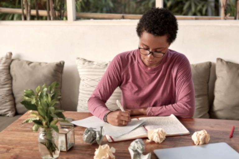 Bachelorarbeit Fazit – Aufbau, Zeitform und Beispiel Fazit